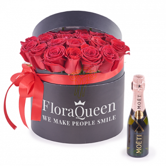 Love Princess: Flower Box and Mini Moët Rose