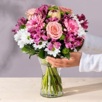 Violette: Protea, Rosas y Germini