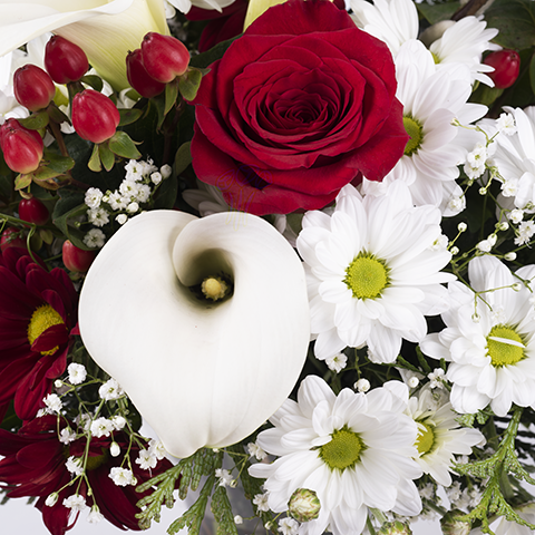 Harmony Bouquet: Roses and Callas