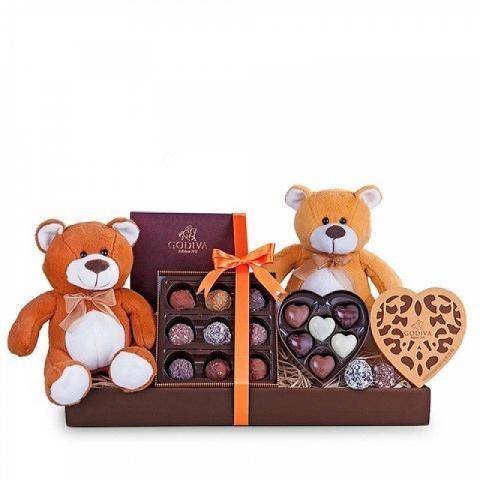 Panier : chocolats Godiva et 2 peluches
