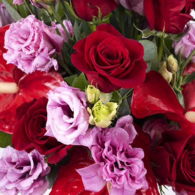 True Love: Roses and Lisianthus