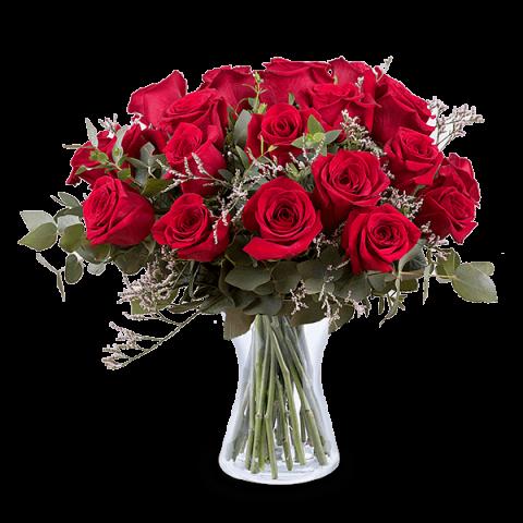 La Vie en Rose:  24 Roses Rouges